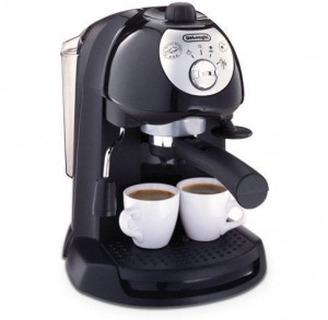 DeLonghi BAR32 Retro Pump-Driven 35 ounce Espresso Maker